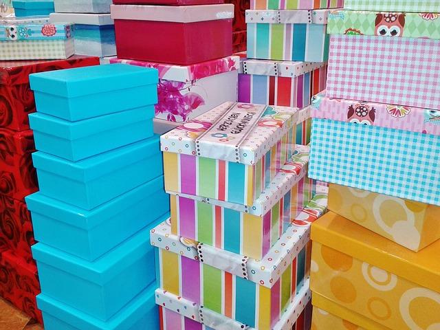 Caja de cart n lo mejor para ordenar y ahorrar espacio historias en papelhistorias en papel - Cajas de carton decoradas baratas ...
